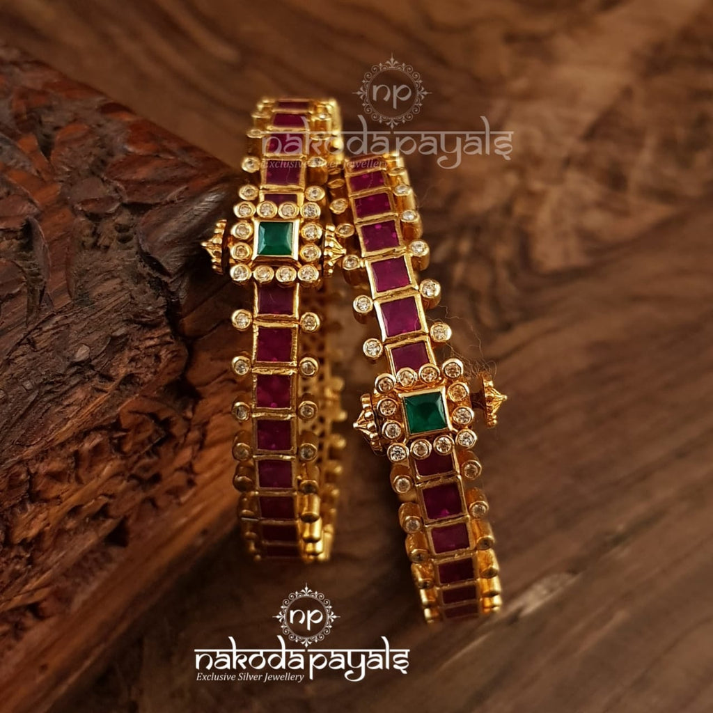 Ruby Screw Kada Pair