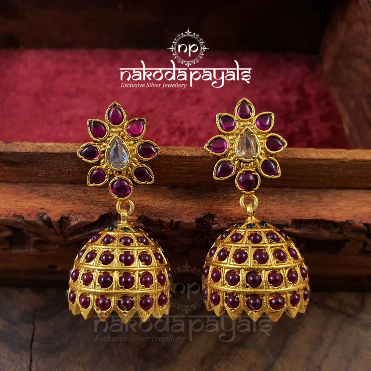 Ever Sought Red Kemp Jhumka
