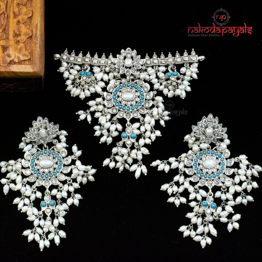 Turquoise Grand Guttapusalu Pendant Set With Earrings
