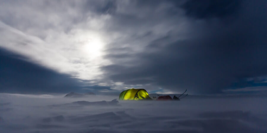 How To Keep Yourself Cozy In Cold Winter Camping?