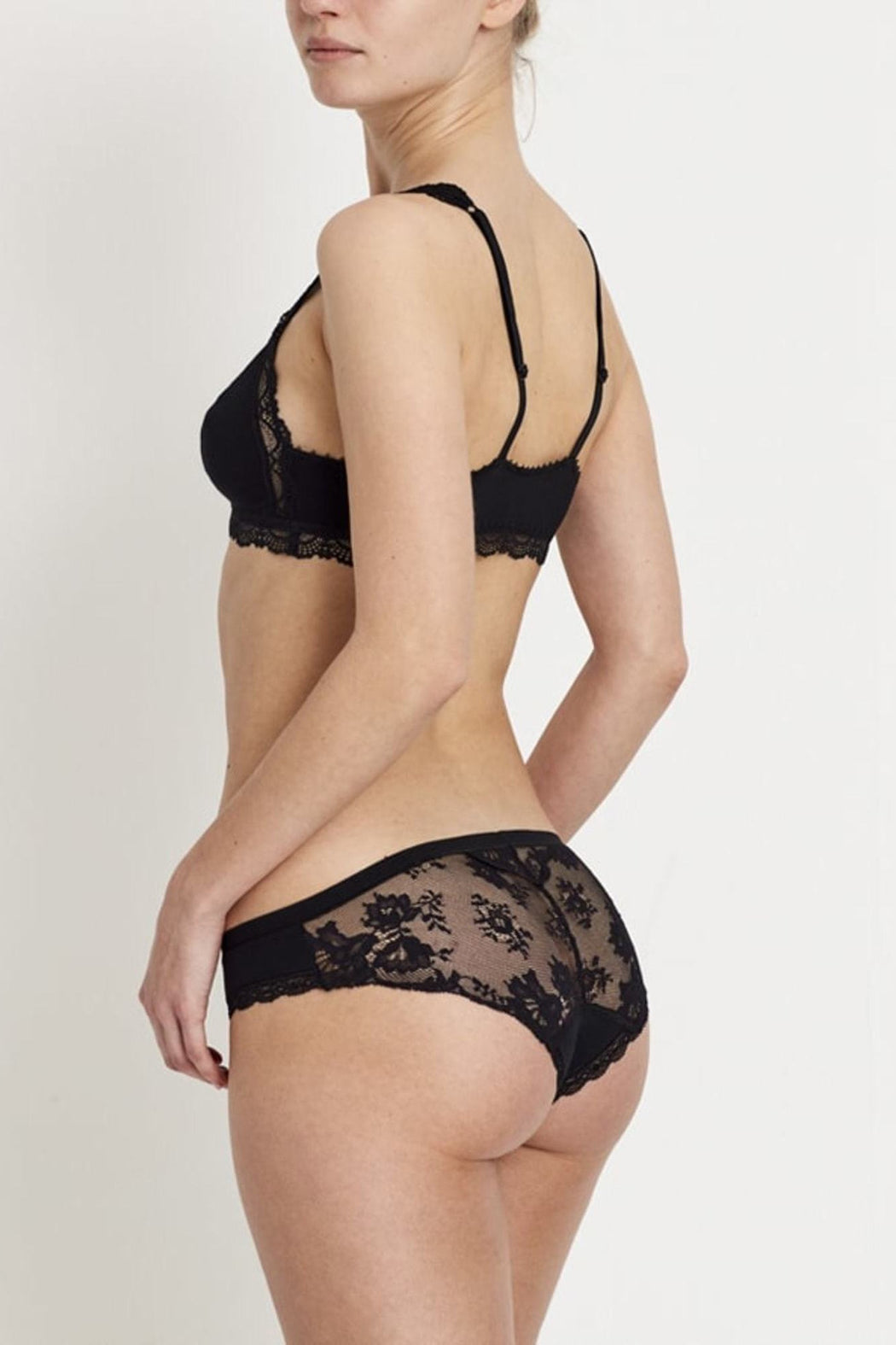 Venus Black Lace Undies