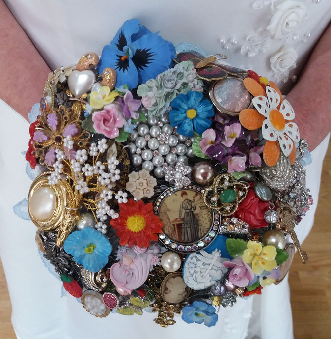 Beautiful Vintage Flower Brooch Bouquet Keepsake- In-Stock now! - Bridal Crystal Bouquets