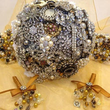 Load image into Gallery viewer, Gemma Silver Vintage Brooch Wedding Bouquet - Bridal Crystal Bouquets