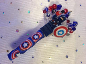 Minifigure Marvel captain america buttonhole for a grooms wedding