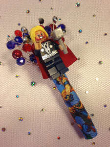 Minifigure Marvel thor buttonhole for a grooms wedding