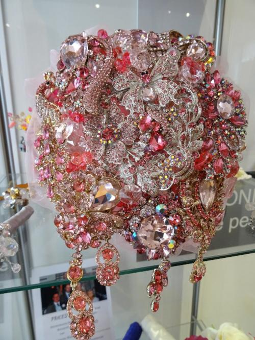 Fabulous Sparkly Pink Crystal Brooch Bouquet for a wedding