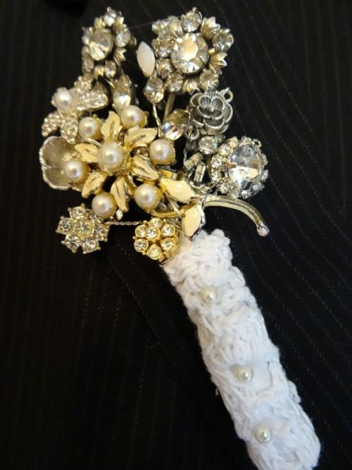 Vintage Brooch Buttonhole gold or silver for a groom at a wedding