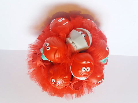 Comic Relief 2019 fundraising red nose day alternative wedding bouquet for fun