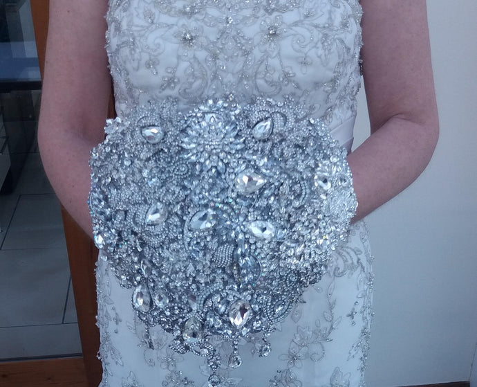 Sparkly Silver Teardrop Cascade Brooch Wedding Bouquet Keepsake UK - Bridal Crystal Bouquets