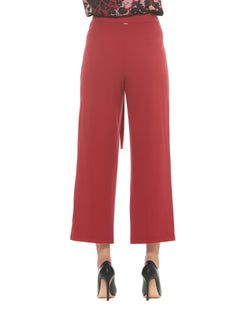 High-waisted trousers with waistbelt