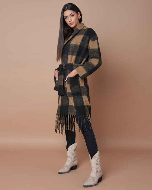 Long fabric jacket with fringes