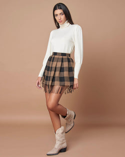 Fabric miniskirt with fringes