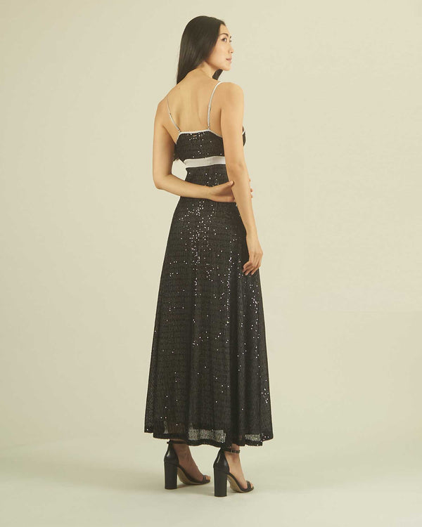 LONG DRESS SEQUINS DEEP NECKLINE