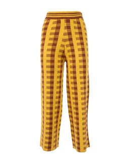 Sweater and trousers yellow brown check