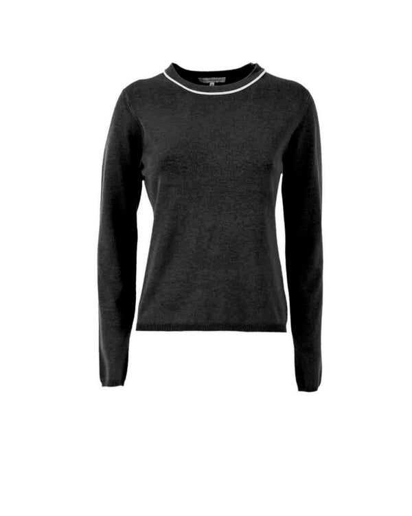 Round neckline sweater