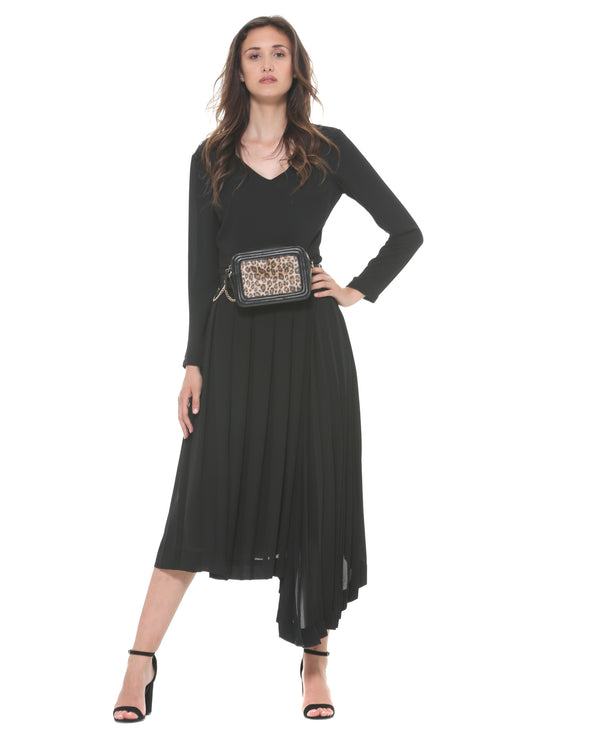 Long dress with waist belt