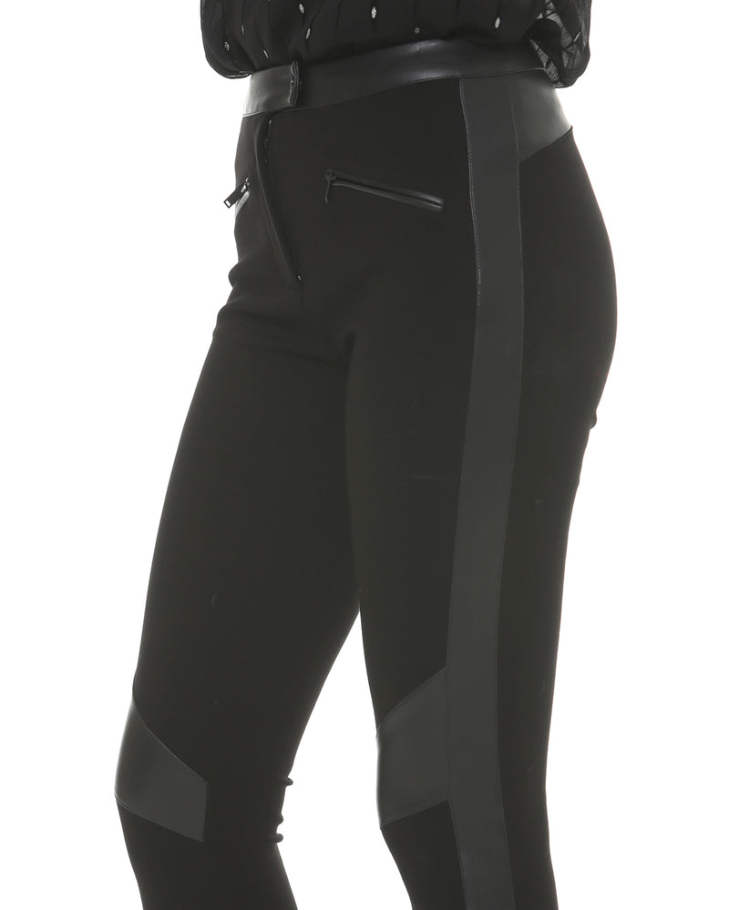 Leggings in Eco-leather Details