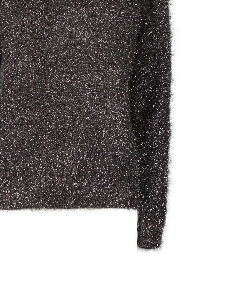 Sweater with glitter threads