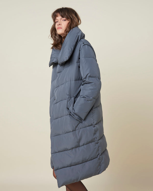 Long asymmetric down-jacket