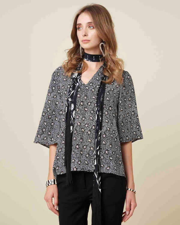 Blouse with 3/4 belled sleeves