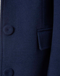 Classic coat with three buttons
