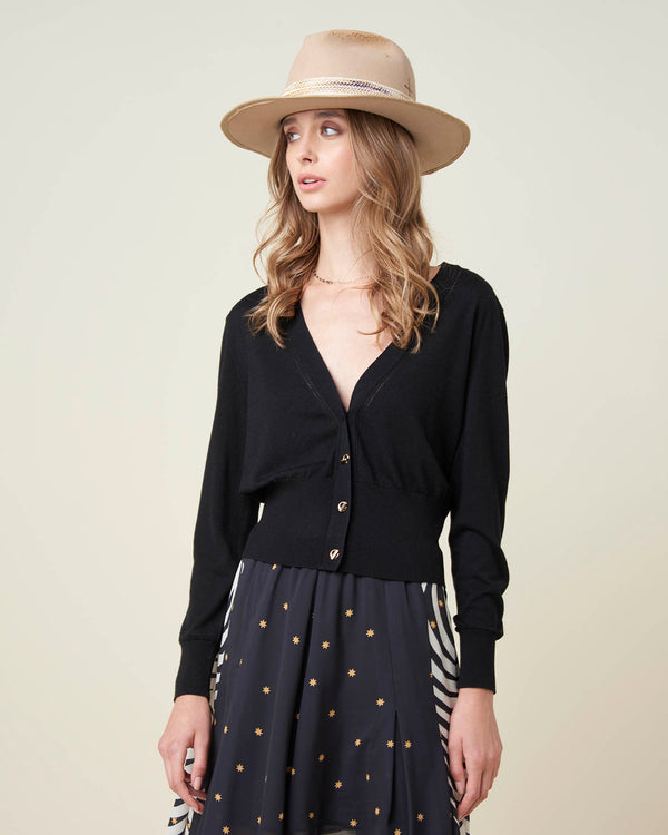 Cropped cardigan with contrasting buttons