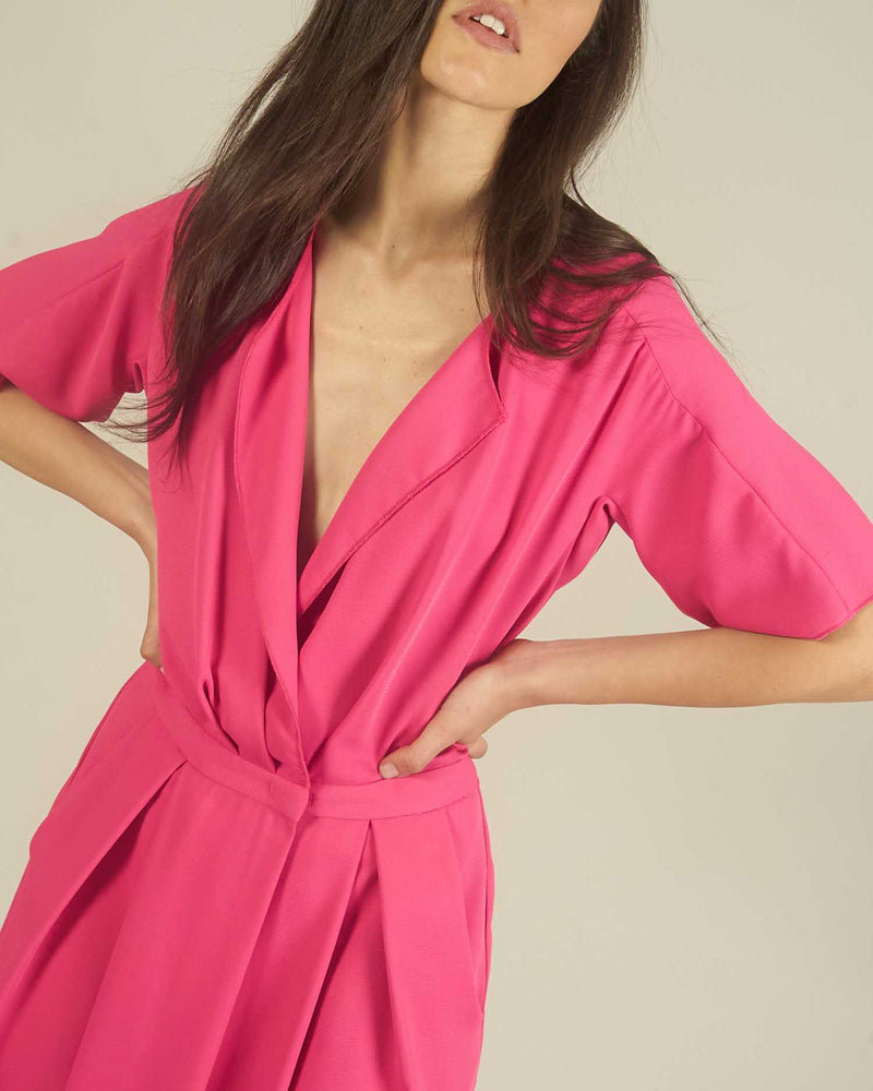 Crinkled fabric dress-suit