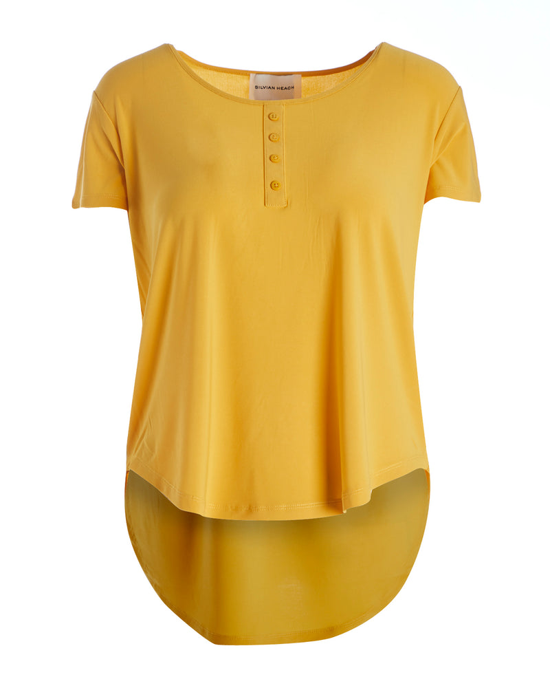 T-shirt with buttons