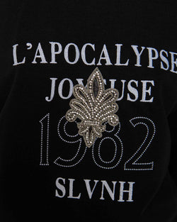 Sweatshirt over with emblem