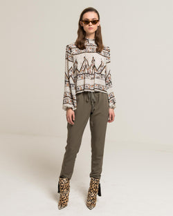 Casual trousers with lace