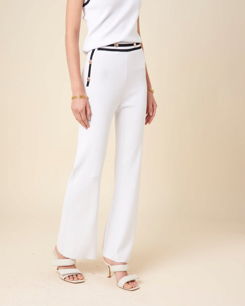 Knitted trousers with contrasted waistband
