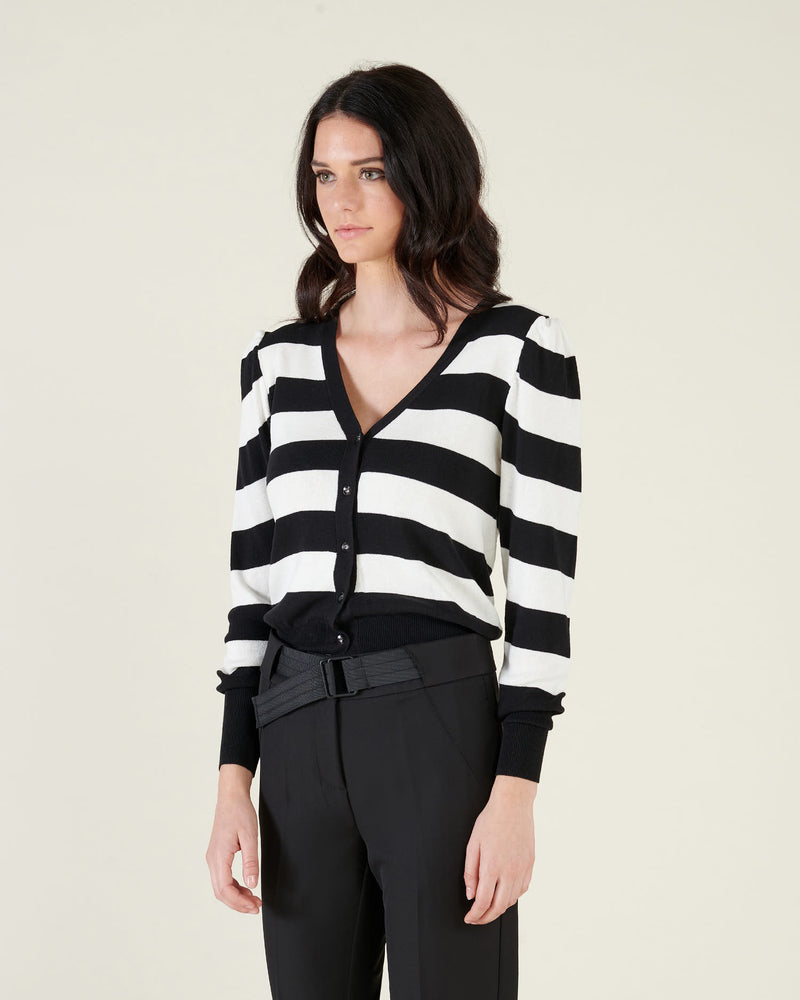 Short V neck cardigan