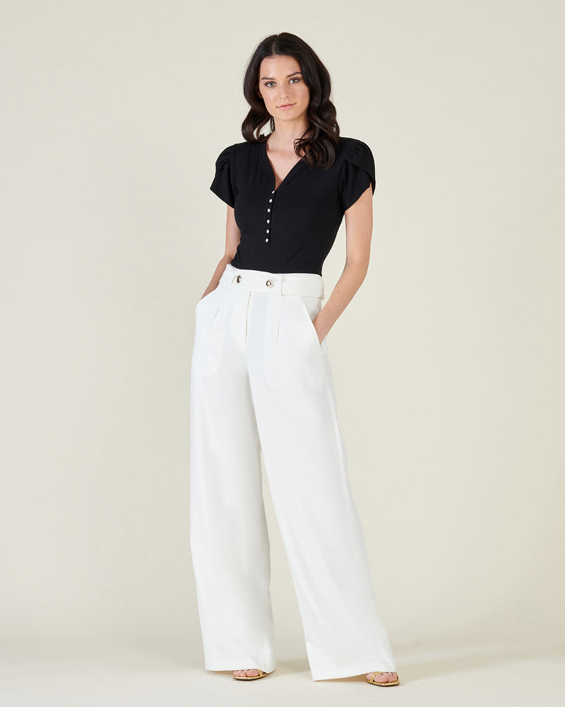 Classic wide trousers