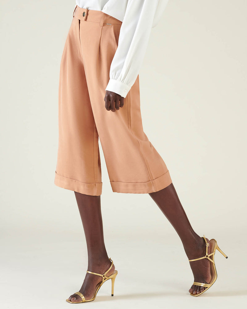 Culotte trousers with belt