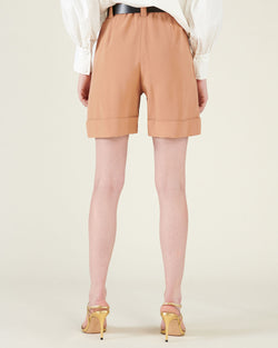 Shorts with turned-up hems