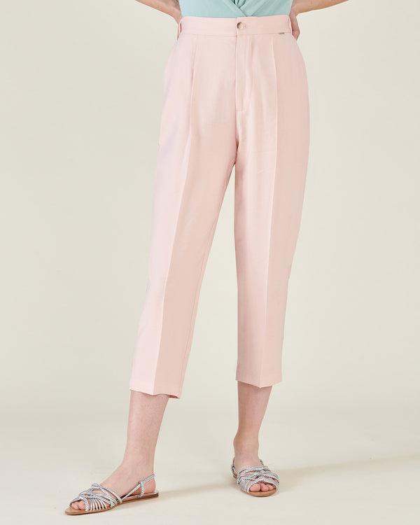Cropped pants with high waist