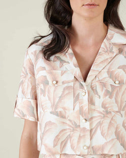 Floral pattern cropped shirt