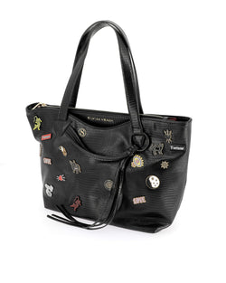 Shopper bag with brooches