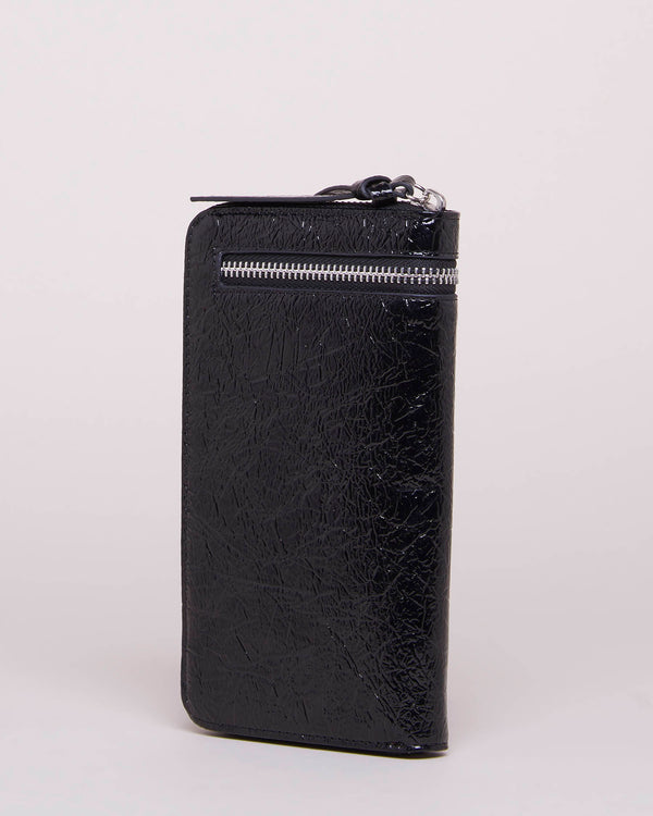 Shiny wallet with zip closure