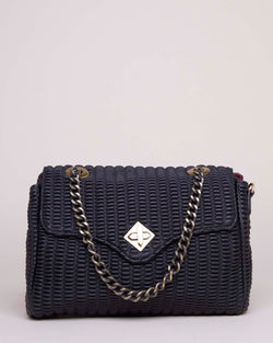 Handbag with chained shoulder strap