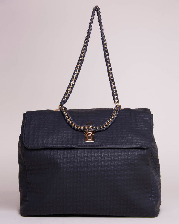 BAG WITH CHAIN SHOULDER STRAP AND RELIEF TEXTURERE