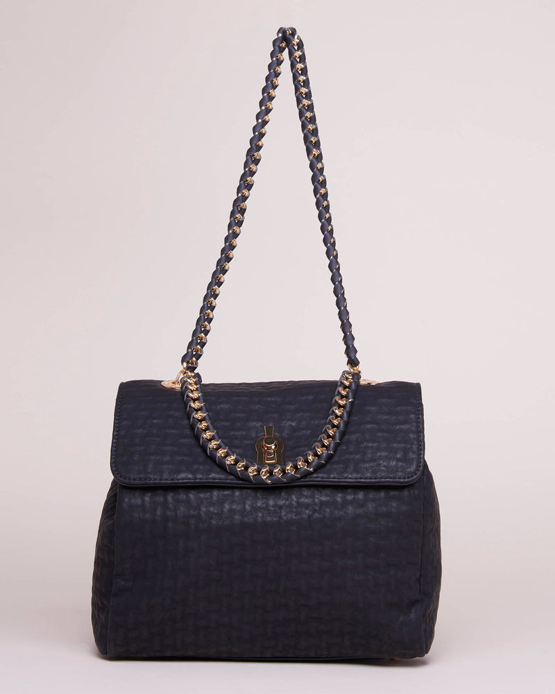 BAG WITH CHAIN SHOULDER STRAP AND RELIEF TEXTURE