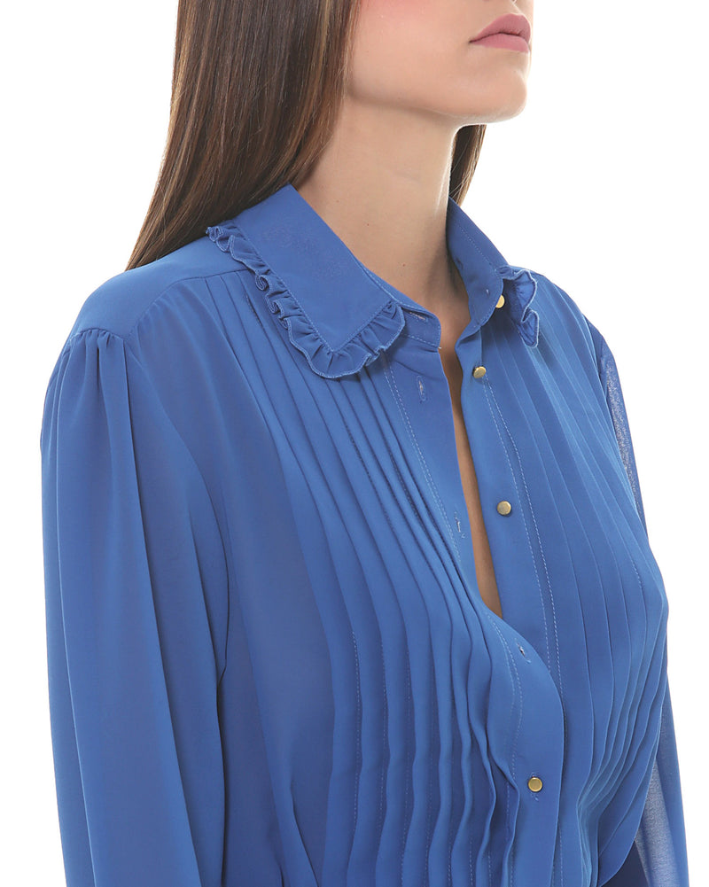 Shirt with pleated top
