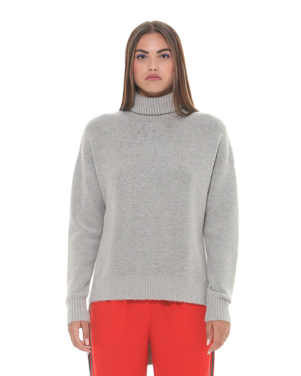 Knitted rollneck