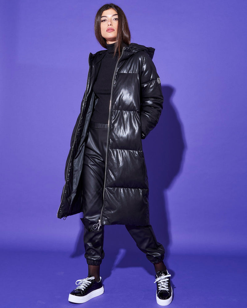 LONG DOWNJACKET WITH HOOD
