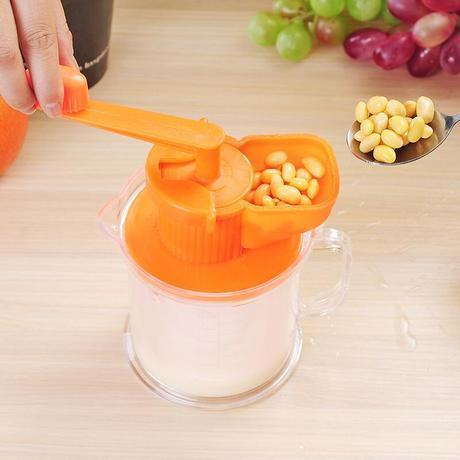 Image of Multifunctional Manual Beans Grinder And Fruits Juicer
