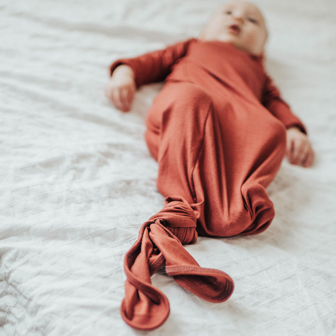 Red Maple Baby Knot Gown