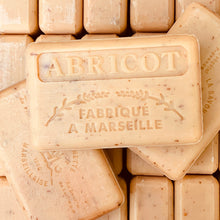 Load image into Gallery viewer, apricot exfoliating french soap