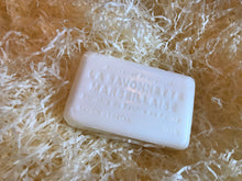 Load image into Gallery viewer, Savon De Marseille Honeysuckle French Natural 125g Soap Bar
