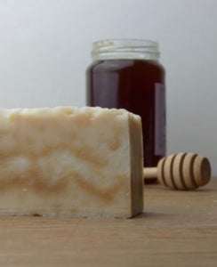 Savon Jura Artisan Honey / Miel Soap Bar 135G
